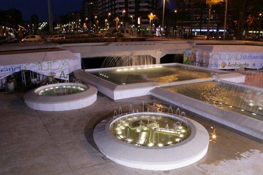 Luminarias decorativas para exteriores dise o con luz for Diseno de piscinas y exteriores